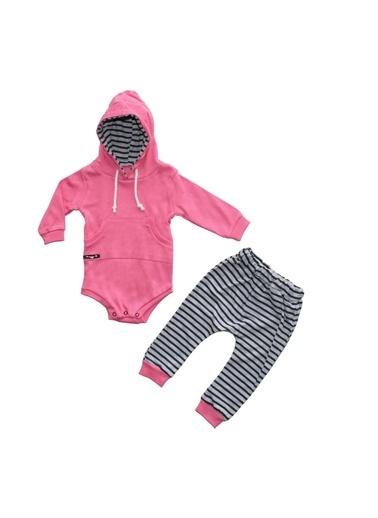 By Bebek Odam Kapşonlu Zıbınlı 2 li Kız Bebek Takım Fuşya